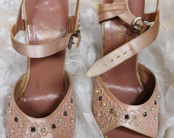 Vintage A'mano formal Shoes Custom made beaded pink