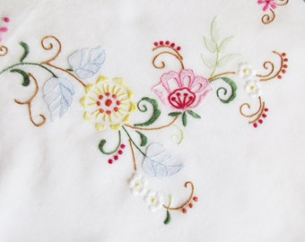 German Vintage Thin White Cotton Embroidery Tablecloth with Flowers, Rustic Bavarian Folk Art Home Decor