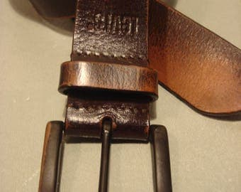Vintage 1990s Levis Brown Distressed Leather Belt