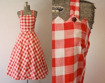 1950's New Look Red Gingham Sun Dress / Size Medium