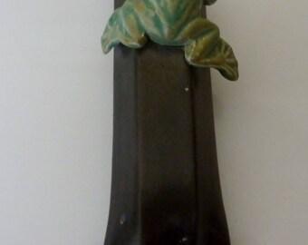 vintage Crutchfield frog  wall pocket