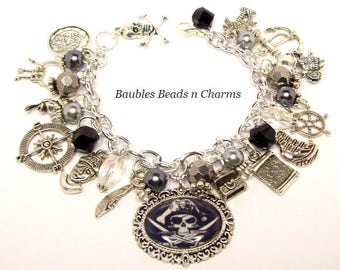 Pirate Charm Bracelet, Pirate Bracelet, Pirate Jewelry, Black Beard, Beach Bracelet Jewelry, Pirate Charms. Pirate Jewellery, Nautical
