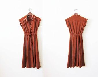 70s dress / vintage sundress / rust red dress / terrycloth dress / 1970s clothing / earth tone dress / mandarin collar / summer dress