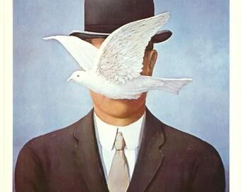 Rene Magritte-l'Homme au Chapeau Melon-1965 Poster