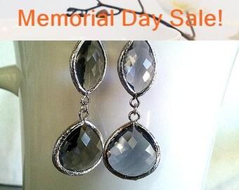 Gray Silver Earrings, Dangle, Drop Glass Earrings, bridesmaid gifts, Bridal Jewelry, Wedding jewelry, Grey earrings, Charcoal earrings