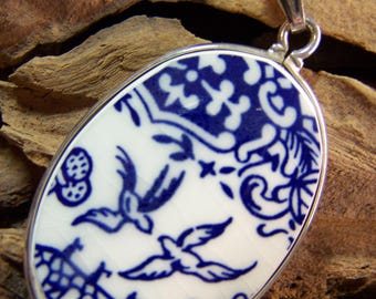Vintage BLUE WILLOW Pendant