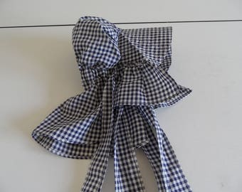 Small Child Old Fashion Bonnet Blue and White Checks Ties Under Chin and at Back