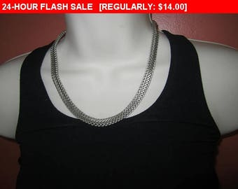 Vintage silvertone chain necklace, estate jewelry, chain