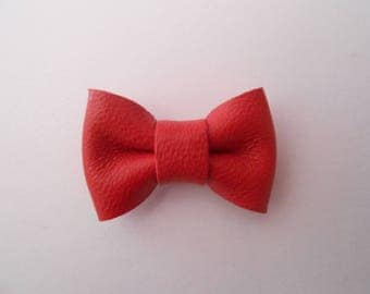 Mini knot leather red 2 x 3 cm