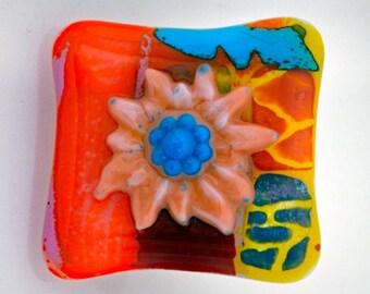 Flower Cabinet Knob, Fused Glass Knob, Decorative Glass Pull, Handmade Wall Art, Garden Tool Hanger