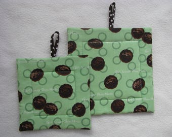 Girl Scout Cookies Potholders, Thin Mint Cookies, Mother Daughter Potholders, Girl Scouts, Hot Pads, Green, Chocolate Brown, Set of 2