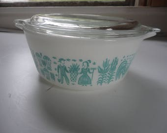 Vintage White Blue Amish Butterprint Covered Dish No. 472, Pyrex, Pyrex Amish Casserole with Lid, Pyrex Dish and Lid, White Amish Pyrex
