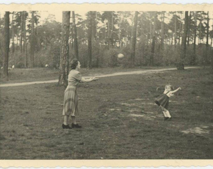 Game of Catch: Vintage Snapshot Photo (712631)