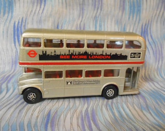 Vintage Corgi London Transport Routemaster Bus
