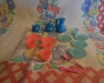 Vintage Plastic Doll Dishes