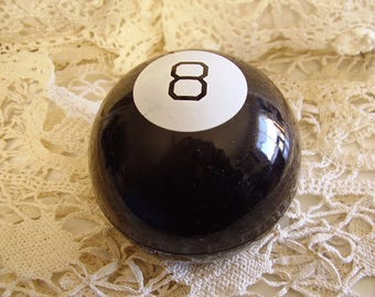 Vintage 8 BALL Question & Answer Game/1960's