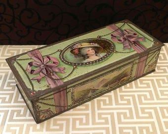 Pretty Lady Antique Biscuit Tin, Vintage Candy Tin, c 1910, Edwardian Victorian Lady, Green Purple, Trinket Glove Keepsake Box