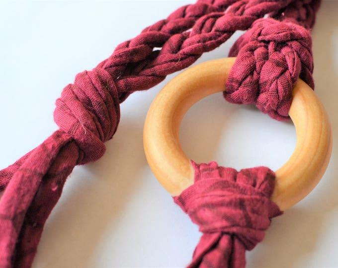 Wine Tug & Pull Teething Tassel Necklace | Macrame Teething Necklace | Wine Macrame Tassel Necklace