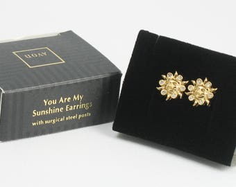 Vintage AVON 'You Are My Sunshine' Goldtone Pierced Earrings (1994) w/ original box. Vintage Avon Earring. Vintage Avon Jewelry. Sun Earring