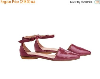 ON SALE Pink leather sandals, Olivia, flat buckled sandals