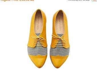 CHRISTMAS IN JULY Yellow Pepita oxford leather shoes / Polly Jean flat leather women shoes