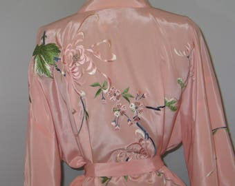 Japanese Robe / Vintage Asian Robe / Vintage Asian Kimono Jacket-Opera Coat / Pink Silk / Hand Embroidered Flowers