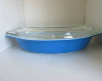 Vintage Pyrex Blue Cinderella Divided Casserole Dish 1 1/2 Qt  with  Lid