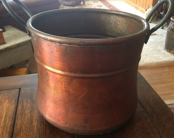 1800's copper cauldron with beautiful dovetail work