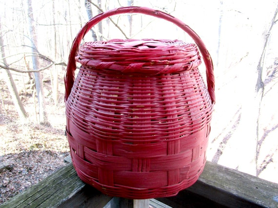 Large Lidded Basket, Hand Woven with Handle, Wicker, Reed and Straw, Vintage Storage Basket, Painted Red