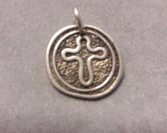 Round Cross Pendant