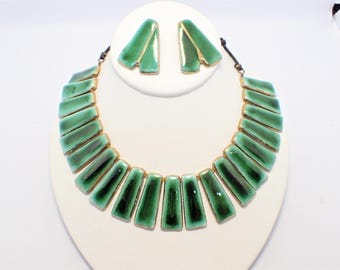 Garon Jamaica W.I. Red Clay Green W/ Gold Enamel Cleopatra Necklace Earrings Set