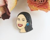 Selena Enamel Pin | Selena Quintanilla Art Pin | Cute Queen of Tejano Lapel Pin | Latina Celebrity Pin | Musician Pin | Enamel Pin