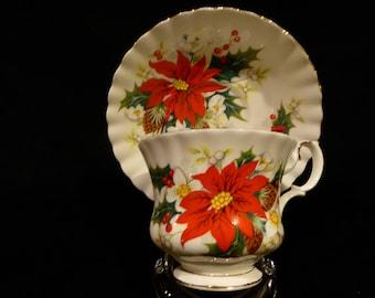 Royal Albert Bone China YULETIDE/POINSETTIA Tea Cup & Saucerr Circa 1976-1997