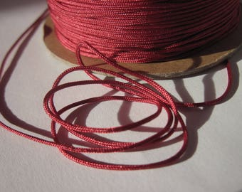 1 m of thread for jewelry, cotton and polyester 1 mm thick approximately (65)
