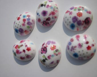 4 patterned resin oval cameos to paste 14x16mm (06)