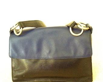 10% OFF SALE Vintage fashionable Bottega Veneta blue accordion leather shoulder bag purse
