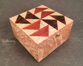 """Dutchman's Puzzle / 6"""" Keepsake Box by Quiltboxes"""