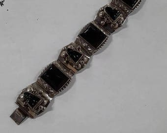 """10% OFF 3 day sale 925 sterling silver bracelet aprox. 7"""" with black stones used 57g"""