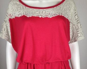 MI 1983 - 1990s - RED Cotton Blend - Boxy Batwing Shirt w/Beige Lace - M/L