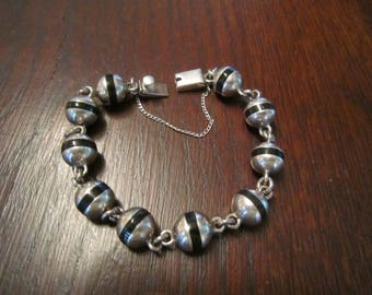 Taxco Sterling and Onyx Bead Bracelet