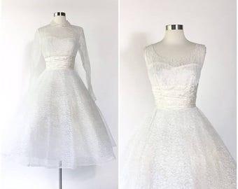 Vtg 50s white lace full skirted pinup wedding dress / matching crop jacket / satin gathered waist / full circle skirt / tulle net cupcake