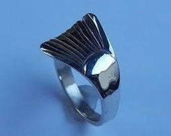 Sterling Silver Ladies Trout Tail Ring T24