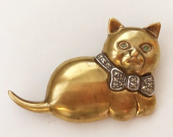 Signed Sterling and Marcasite Vintage Fat Cat Pin/Pendant/Brooch with Green Eyes