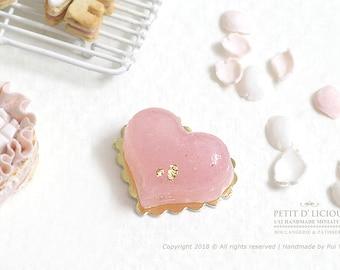 Elegance Pinkish Heart-shaped Crystal Jelly Cake in Dollhouse Miniature Cake 1:12