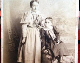 "1880's Cabinet card Photo Children (Boy's or GIrl's"")? Victoria BC Canada"