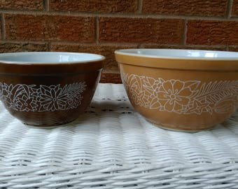 Pyrex Woodland Pattern 2 Mixing Bowls #401 and #402