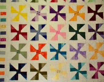 MULTI-COLORED WHIRLWIND Twin Size Quilt - 68X80 White