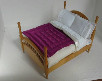 Bedding Set for 1/12th Scale Dolls House Miniature Double Bed