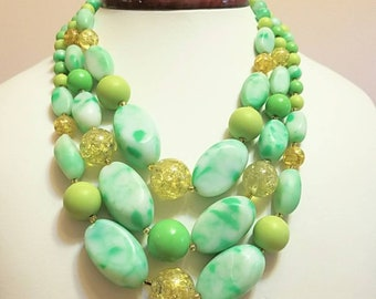 Gorgeous Mid century acrylic beaded necklace