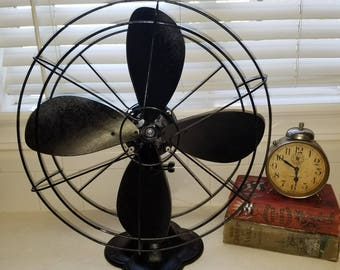 Gorgeous Black Emerson Art Deco Fan 1940s Cast Base Desk or Table